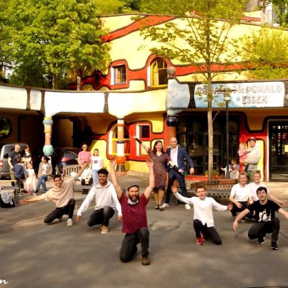 It´s Showtime... am Hundertwasserhaus